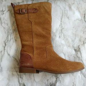 Ugg Morgan suede boot size 6